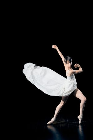 Katherine Evans, PDX Contemporary Ballet. Photo by Andy Batt