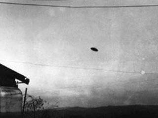 Paul Trent's 1950 photo of what appears to be a flying disc above his Yamhill County field is the inspiration for this weekend's UFO Festival.