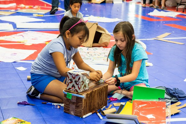 Stem Camp Teaches Kids Solve Problems With Unplugged