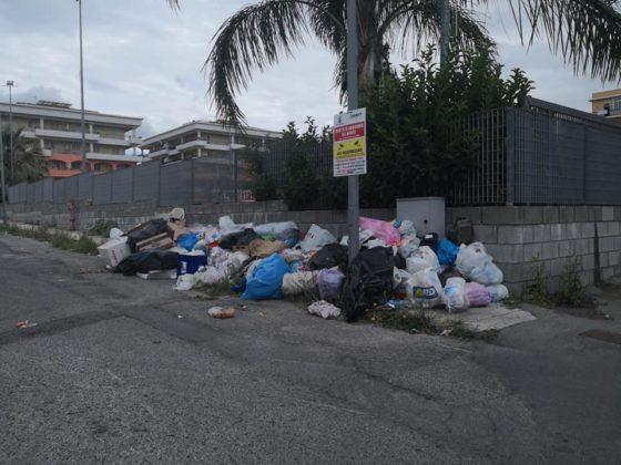 """Barcellona PG. Rifiuti, flop Isole ecologiche e 'in-decoro' urbano. Legambiente del Longano: """"Situazione insostenibile"""""""