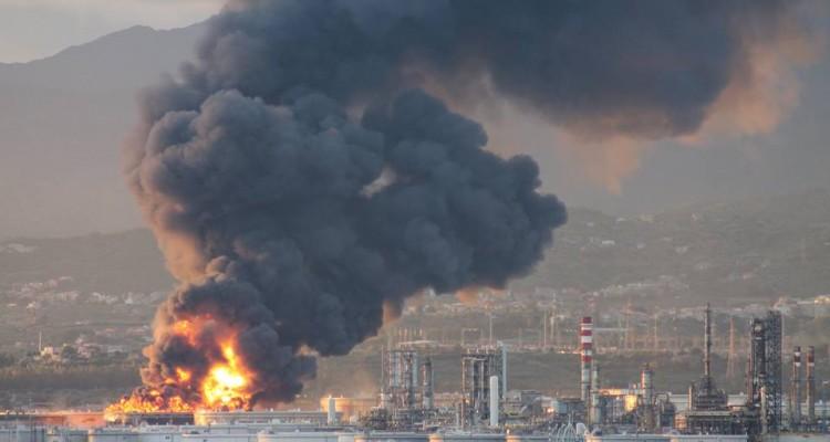 """Inquinamento Valle del Mela e Milazzo. Comitato attacca: """"Raffineria può inquinare quanto vuole, per ARPA e ASP va bene così"""""""