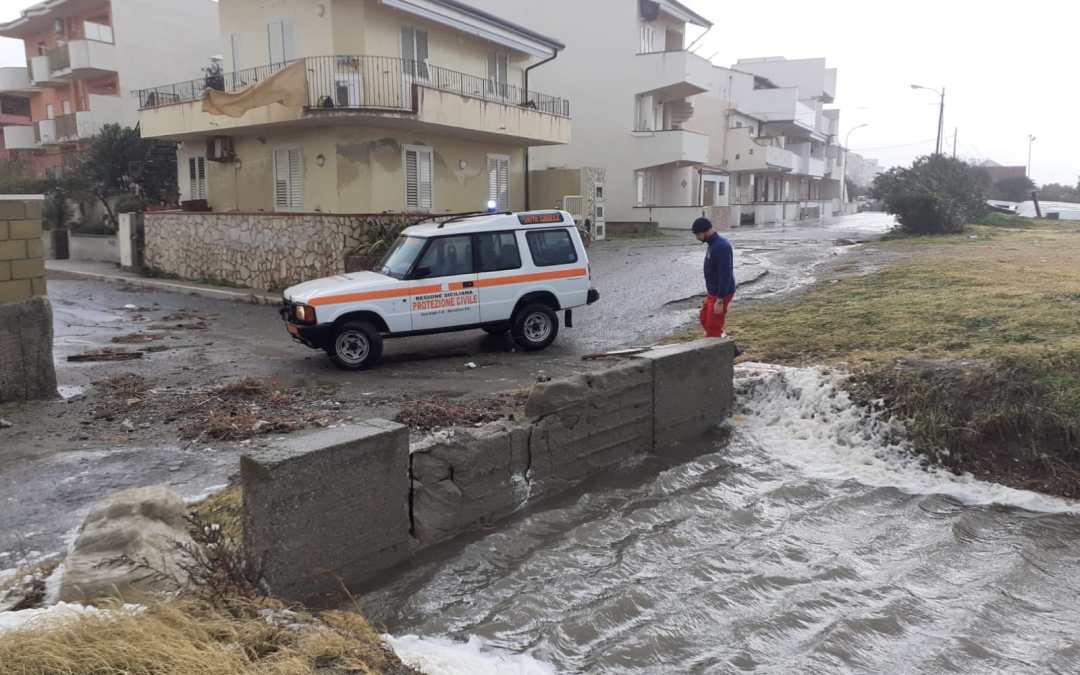 """Regione. Danni mareggiata, stato di calamità comuni tirrenici. Calderone-Catalfamo: """"Al vaglio due opzioni per il lungomare"""""""