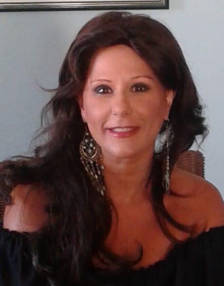Patrizia Zangla presenta il suo libro alla Feltrinelli di Parma