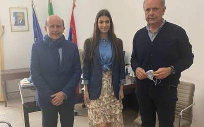 Il regista Rai Sciacca e miss Italia 2020 in visita a Milazzo incontrano il sindaco Midili
