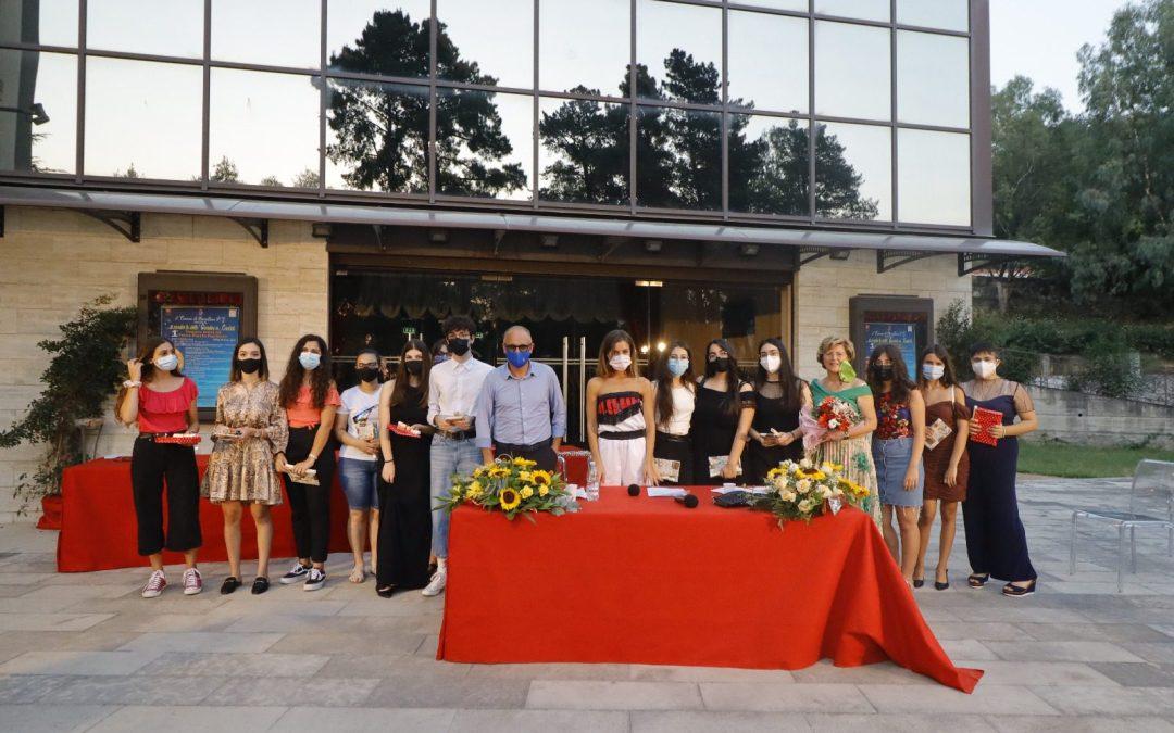 Barcellona PG. Premiati dall'Amministrazione comunale 'i Centisti' degli Istituti Superiori