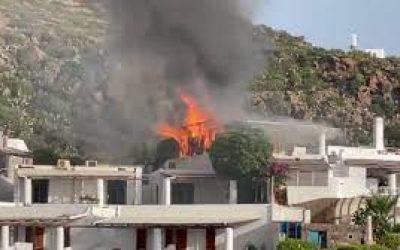 A Panarea, incendio in terrazza 'vip' hotel Panarea: rogo domato da 'pompiere-coraggio'