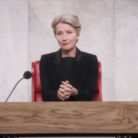 "Emma Thompson questiona a religião e a lei em trailer de ""The Children Act"", novo filme de Richard Eyre"