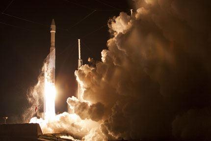 TDRS-L launch 03