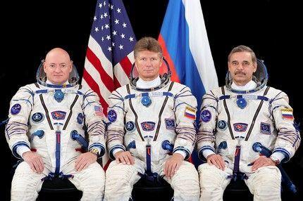 Soyuz TMA-16M 10
