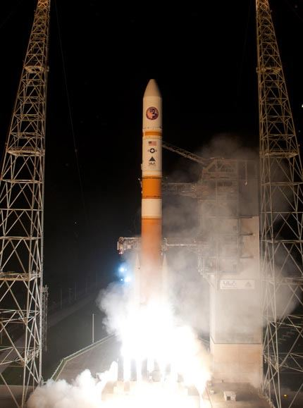Launch of Delta IV WGS-6
