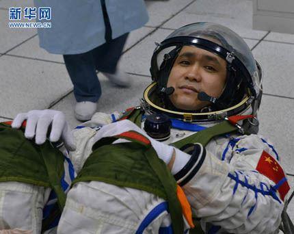Shenzhou-10_10