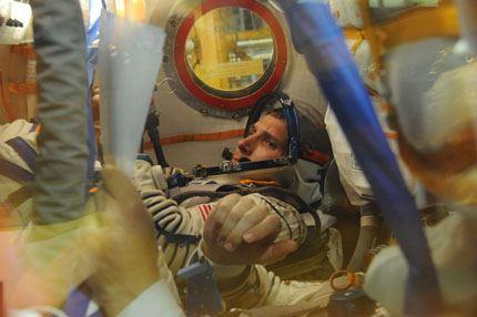 Soyuz TMA-10M 05