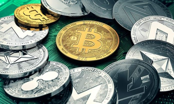 Picture of different cryptocurrencies lying in a circle with bitcoin in the middle