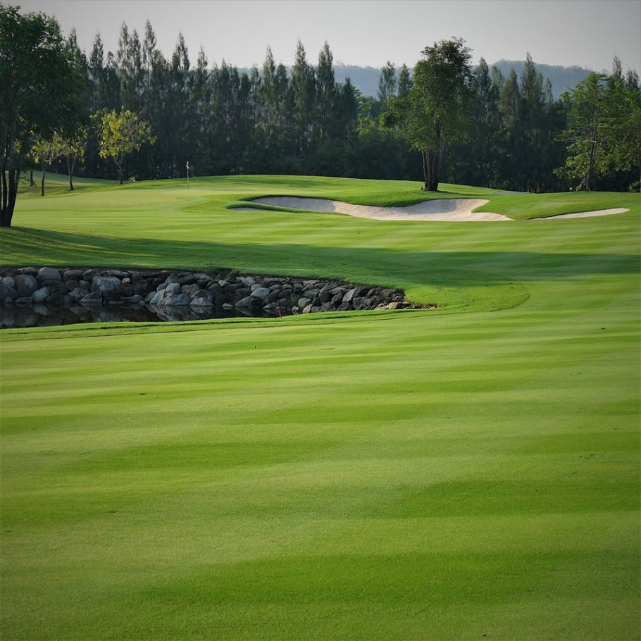 Black Mountain golf course 3