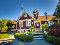 Lopez Island Public Library is just a few minutes down the country road.