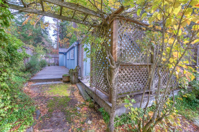 Madrona Point Cottage