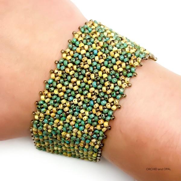 beaded flat chenille bracelet tutorial