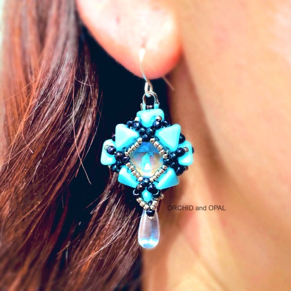 cutting corners earrings blue