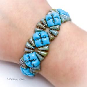 deco bracelet blue