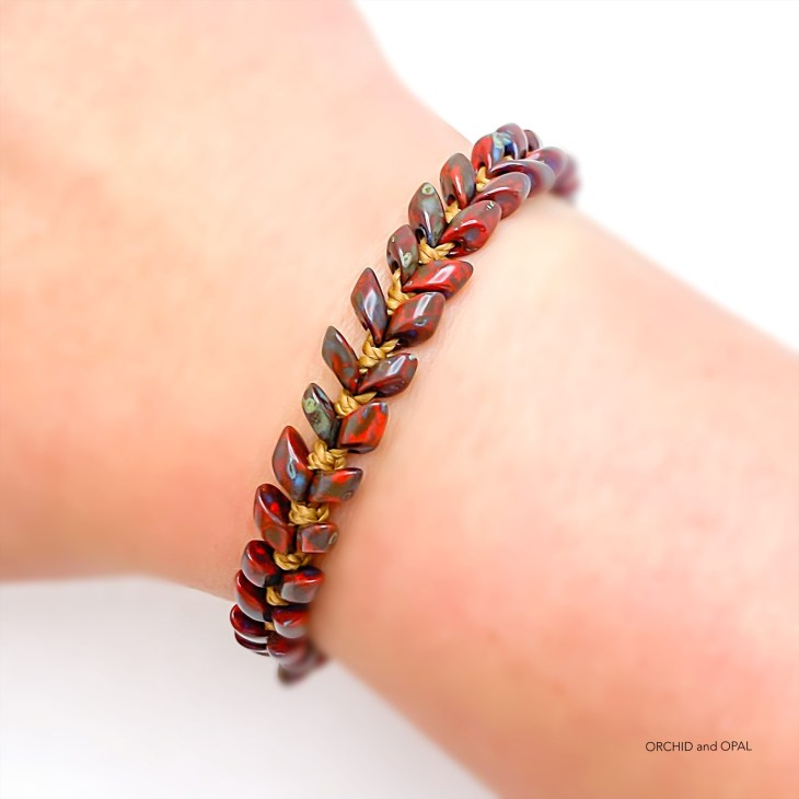magatama vine macrame bracelet tutorial