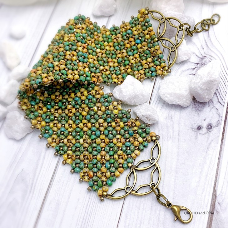 flat chenille beaded bracelet tan and green picasso