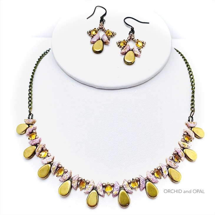 tantalizing tinos beaded necklace set gold rose