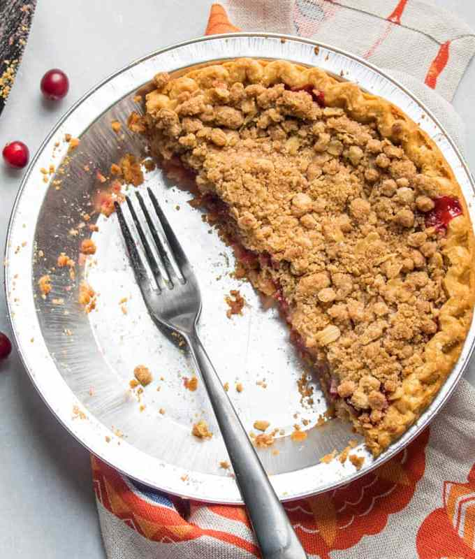 Vegan Apple Cranberry Crumble Pie