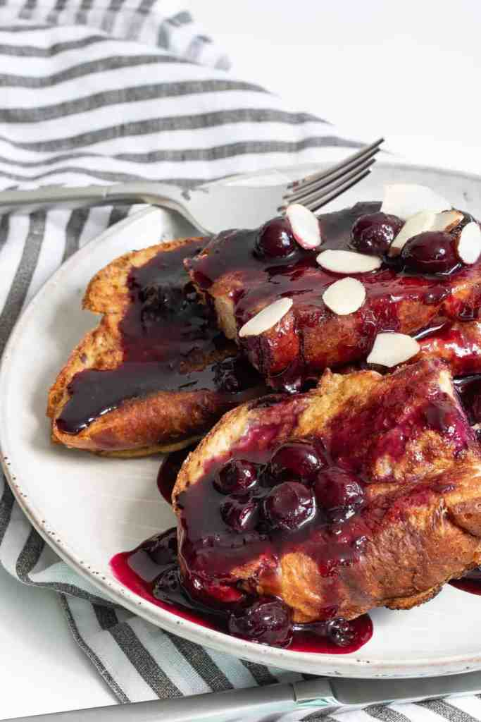 Easy Dairy-Free Blueberry French Toast