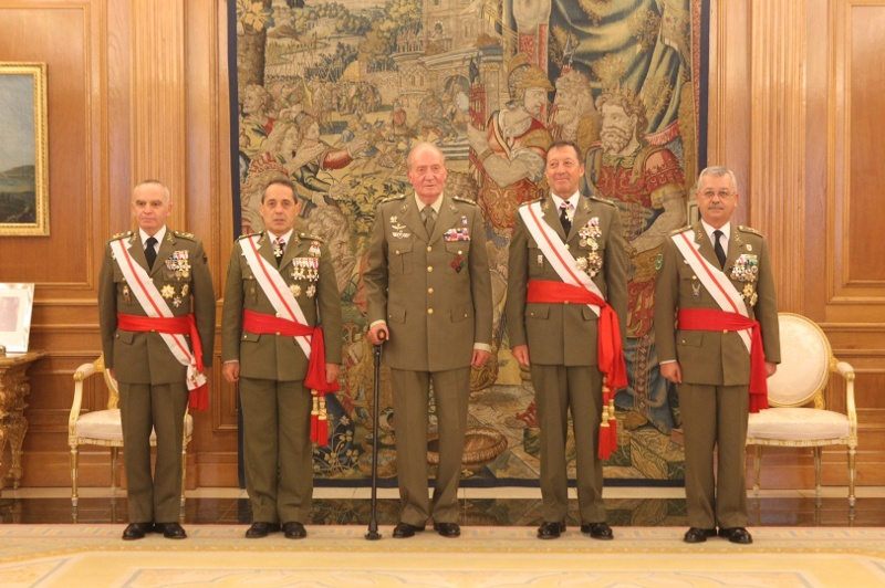 20130702_Grupo Tenientes Generales_01