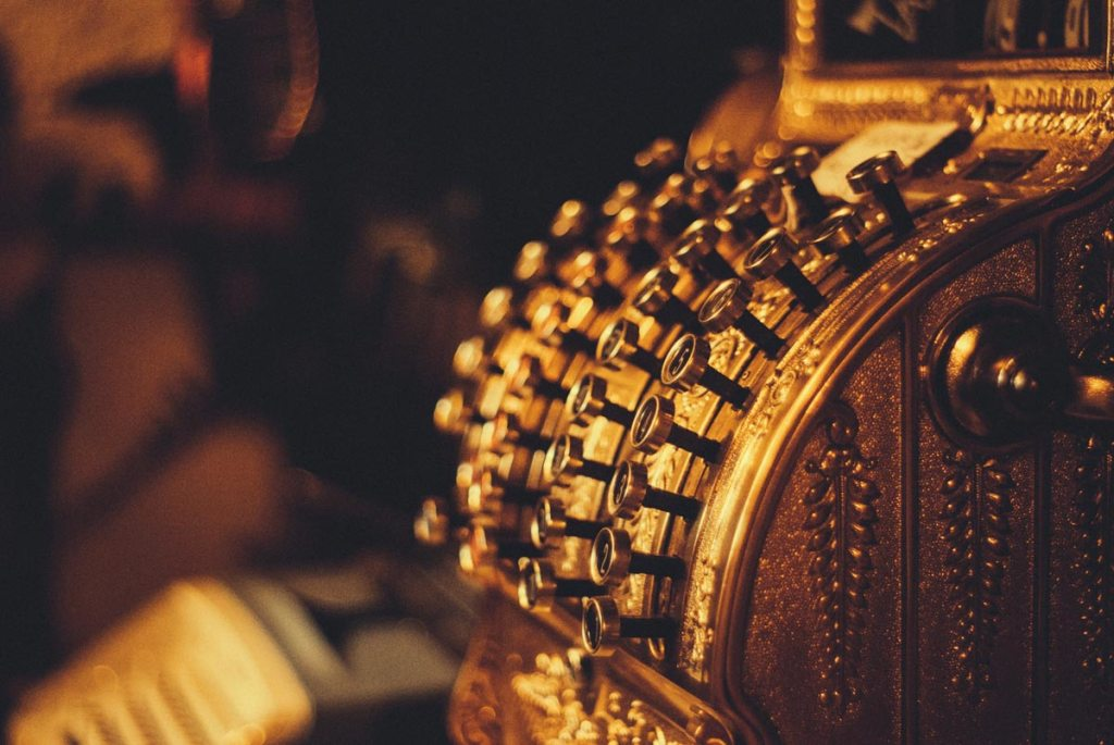 Eine antike Kasse