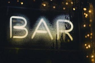 Shisha-Bar-Beleuchtung aus Leuchtbuchstaben
