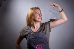 Irena Giest, die Kaffeeexpertin der Berlin School of Coffee weiß alles über Kaffee