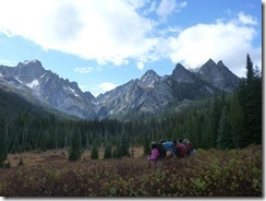 Friends backpacking on the Lake stuart taril