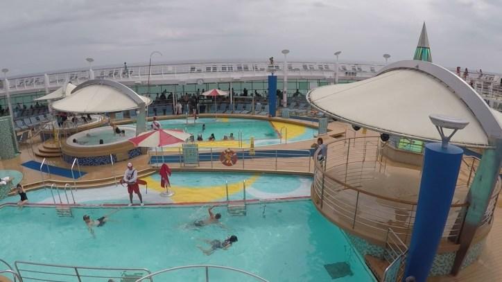 swimming pool royal caribbean
