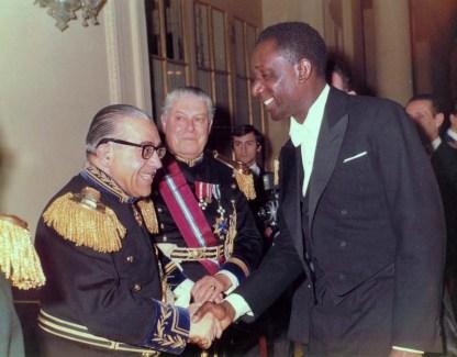 congratulazioni del gran Maestro dellOrdine Militare di S. Brigida allAmbasciatore della Costa DAvorio