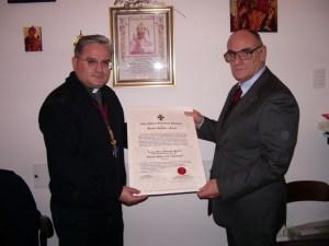Consegna diploma OMSB a Padre Francesco