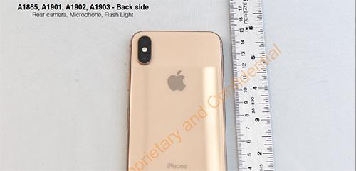 Immagini anteprima iPhone X Gold