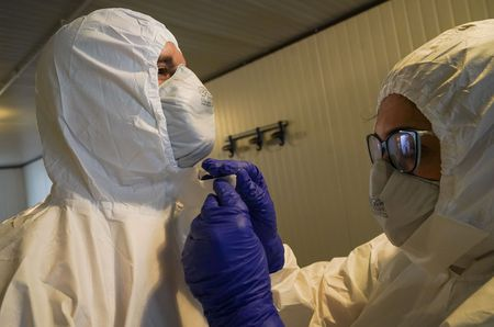 As Oregon coronavirus cases grow, state holds off on drastic ...