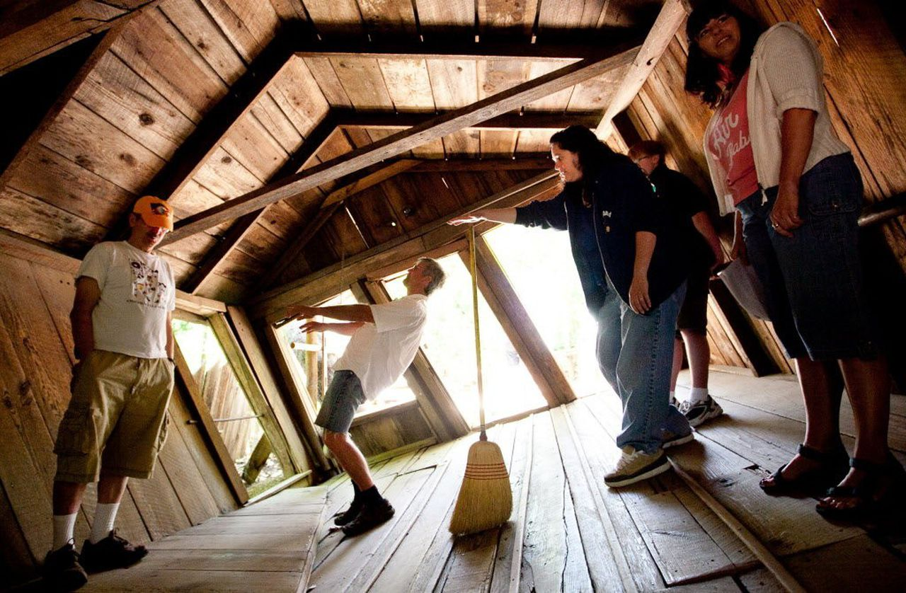 Fact or Faked: Paranormal Files' investigates Oregon Vortex ...