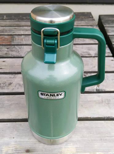 スタンレー1.9lボトル