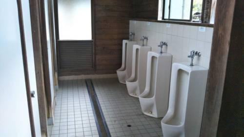 ならここキャンプ場トイレ