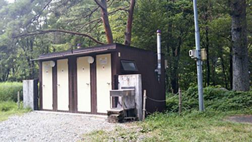 岩倉ダムキャンプ場トイレ
