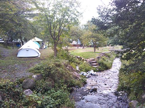 小黒川渓谷キャンプ場テントサイト