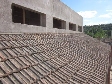 The roof tiles laid