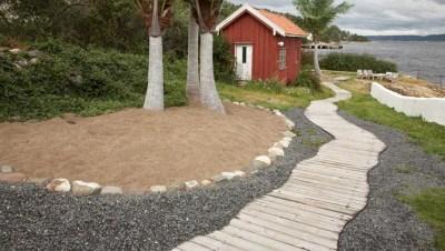 maximize small outdoor spaces