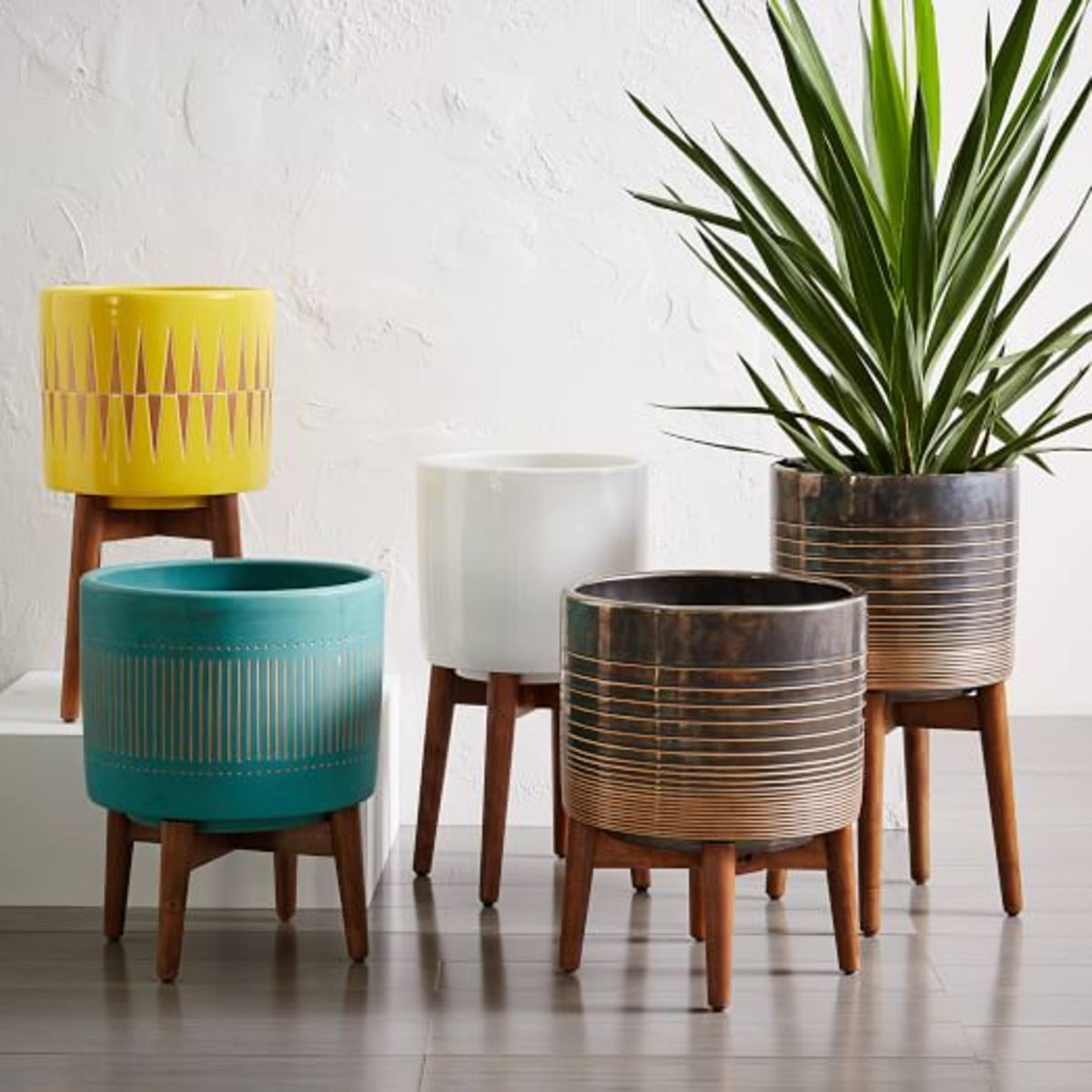 7 Fun And Funky Indoor And Outdoor Planters Organic Authority