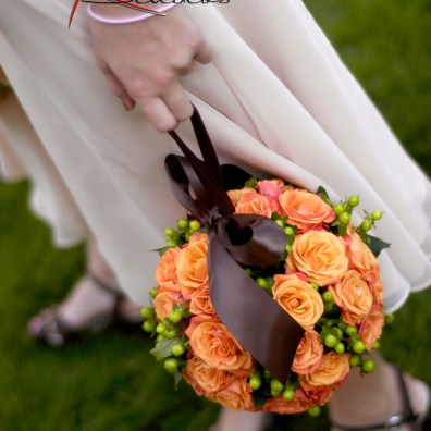 Florals by Organic Elements Photography by Riverview Studios