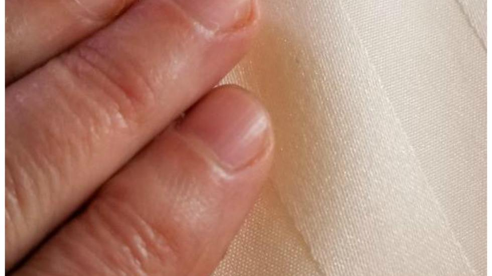 What do nail ridges mean