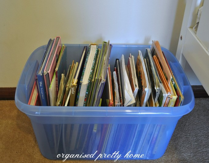 store children's books in a box