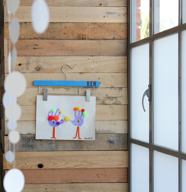 Organize Your Clothes 10 Creative And Effective Ways To Store And Hang Your Clothes: 15 Ways To Display Kids Artwork In Your Home